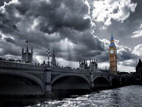Westminster Bridge from South Bank von Simon Kayne