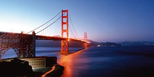 Golden Gate Night von Anne Valverde