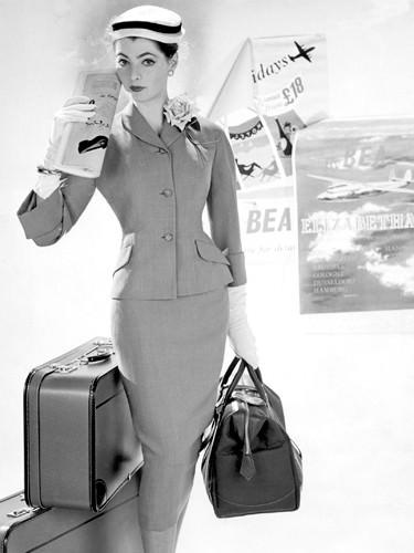 Womanes Fashion 1957 von Anonym