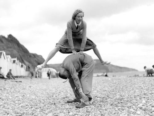 Leapfrog on Beach von Anonym
