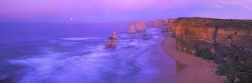 Easter Island Moais von John Xiong