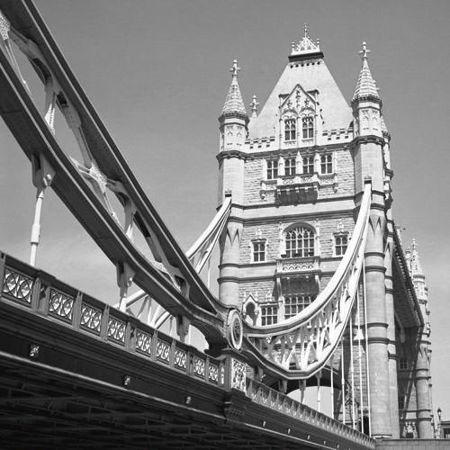 London Tower Bridge von Dave Butcher