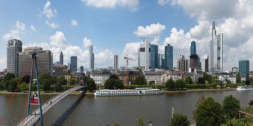 Skyline Frankfurt Panorama von Rolf Fischer