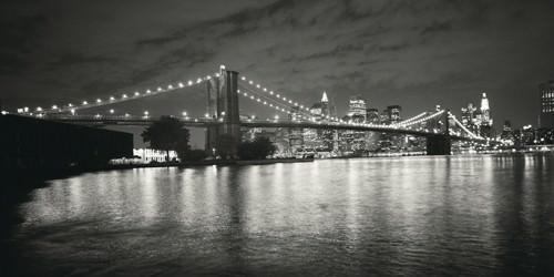 Brooklyn Bridge at Night von Dave Butcher